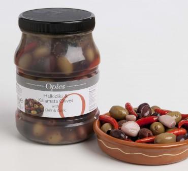 Halkidiki & Kalamata olives with Chilli